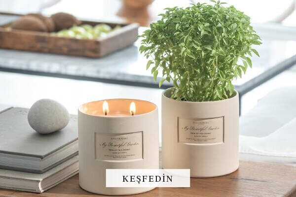 My Beautiful Garden Candle TR